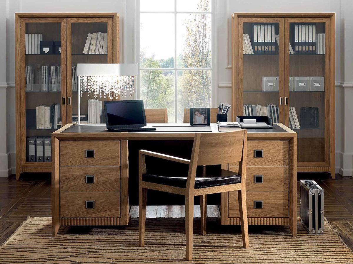 Фото 8 - Итальянский кабинет Aktual фабрики FM Bottega: рабочий стол, стул и два книжных шкафа со стеклянными дверями