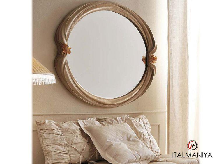 Фото 1 - Зеркало Art 4596 фабрики Savio Firmino (производство Италия) в классическом стиле из массива дерева