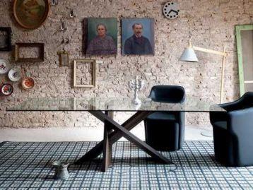 Стол обеденный Tripode Miniforms