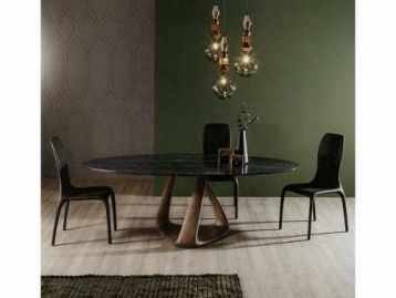 Стол обеденный Rizoma Tonin Casa