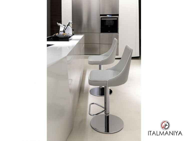Фото 1 - Стул барный Clara фабрики Bontempi Casa (производство Италия) в стиле лофт из металла (кованая)