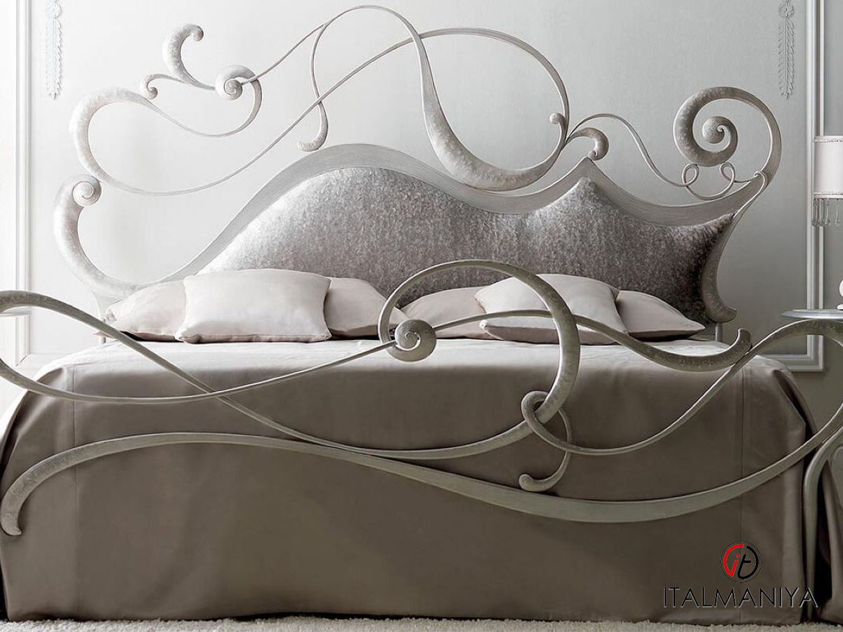Фото 1 - Кровать Safira фабрики Corte Zari