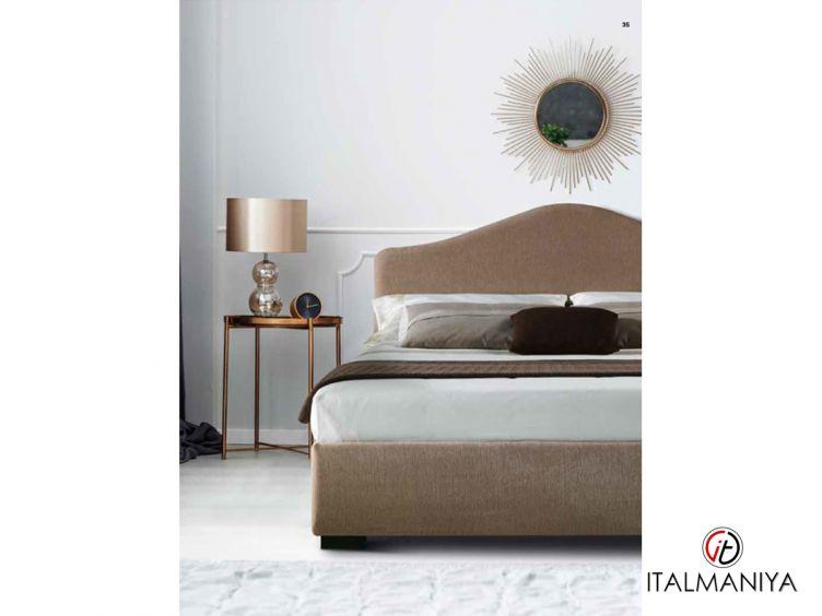 Фото 1 - Кровать Samoa фабрики Milano Bedding (производство Италия) в современном стиле из массива дерева