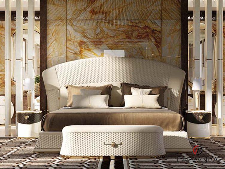 Фото 1 - Кровать Vogue фабрики Turri (производство Италия) в современном стиле из массива дерева
