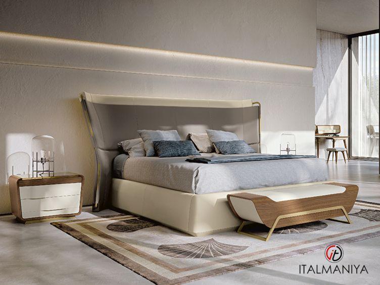 Фото 1 - Кровать Melting Light фабрики Turri (производство Италия) в современном стиле из массива дерева