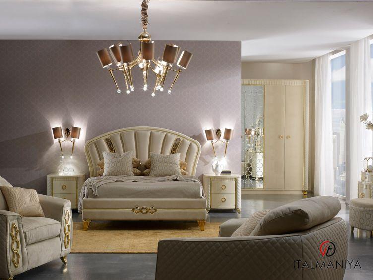 Фото 1 - Кровать Babila фабрики A&M Ghezzani (производство Италия) в стиле арт-деко из массива дерева цвета слоновой кости