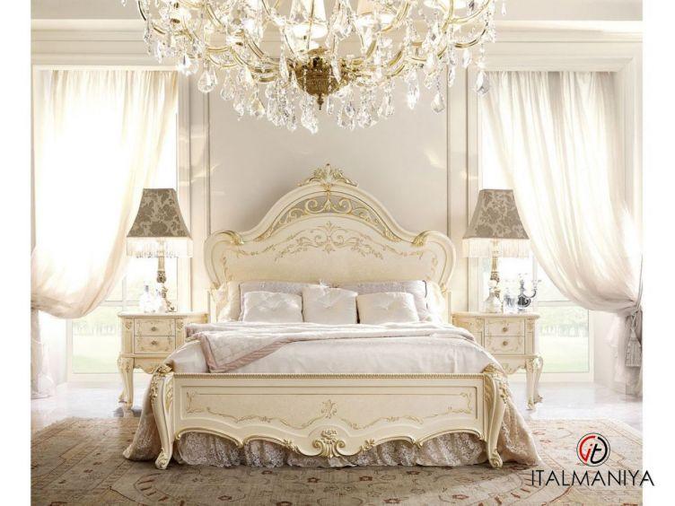 Фото 1 - Кровать David фабрики Barnini Oseo (производство Италия) в классическом стиле из массива дерева