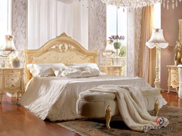 Фото 1 - Кровать Prestige Plus фабрики Barnini Oseo (производство Италия) в стиле барокко из массива дерева