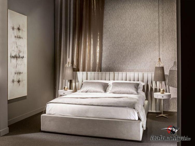 Фото 1 - Кровать Twist фабрики Cantori (производство Италия) в современном стиле из МДФ
