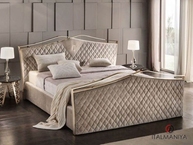 Фото 1 - Кровать Valentino фабрики Cantori (производство Италия) в современном стиле из массива дерева