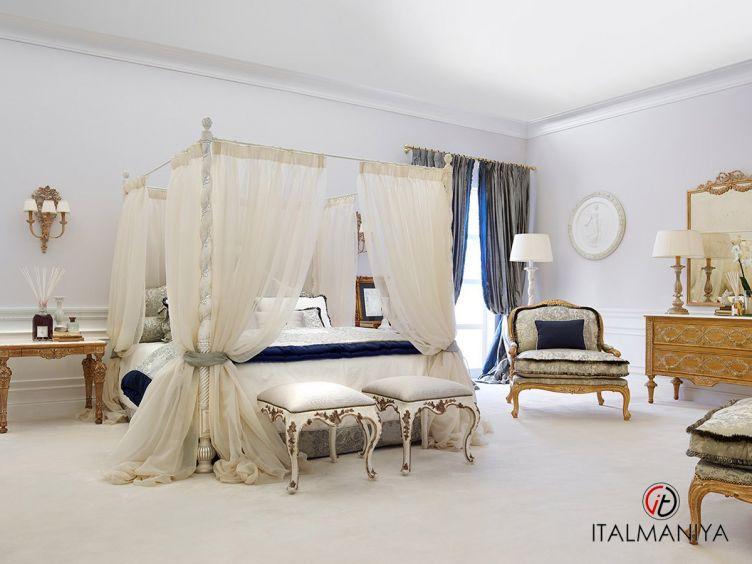 Фото 1 - Спальня Armonie Palais Royal фабрики Roberto Giovannini (производство Италия) в классическом стиле из массива дерева