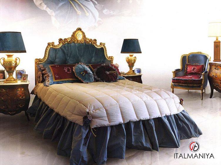 Фото 1 - Спальня Villa d'Este фабрики Caspani Tino (производство Италия) в классическом стиле из массива дерева