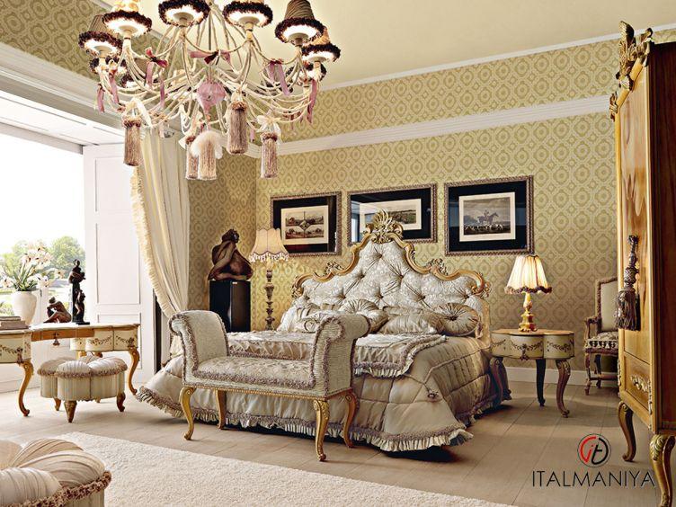 Фото 1 - Спальня Vipart 4 фабрики Altamoda (производство Италия) в классическом стиле из массива дерева