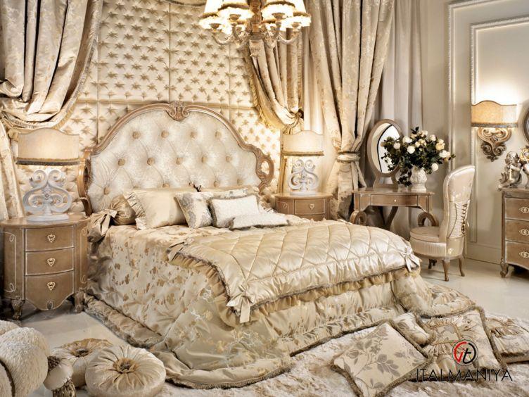 Фото 1 - Спальня Tiffany фабрики Amelihome (производство Италия) в классическом стиле из массива дерева