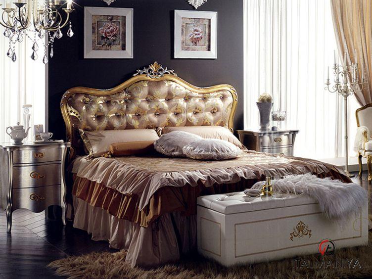 Фото 1 - Спальня Royal фабрики Formerin (производство Италия) в классическом стиле из массива дерева