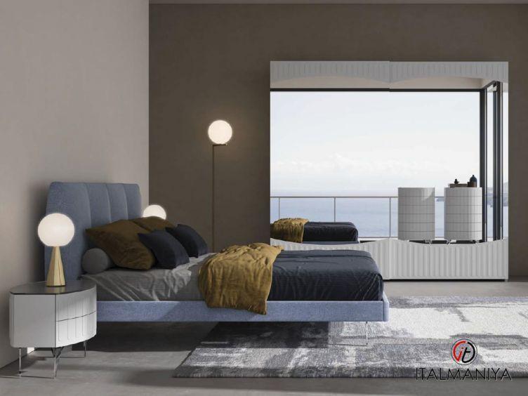 Фото 1 - Спальня с низким изголовьем Oceano фабрики Signorini & Coco (производство Италия) в современном стиле из массива дерева