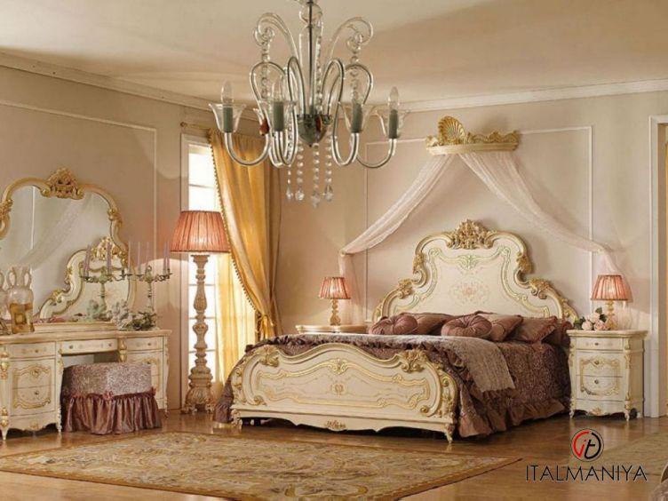 Фото 1 - Спальня Versailles фабрики A&M Ghezzani (производство Италия) в классическом стиле из массива дерева