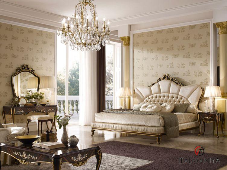 Фото 1 - Спальня Ricasoli фабрики AR Arredamenti (производство Италия) в стиле барокко из массива дерева