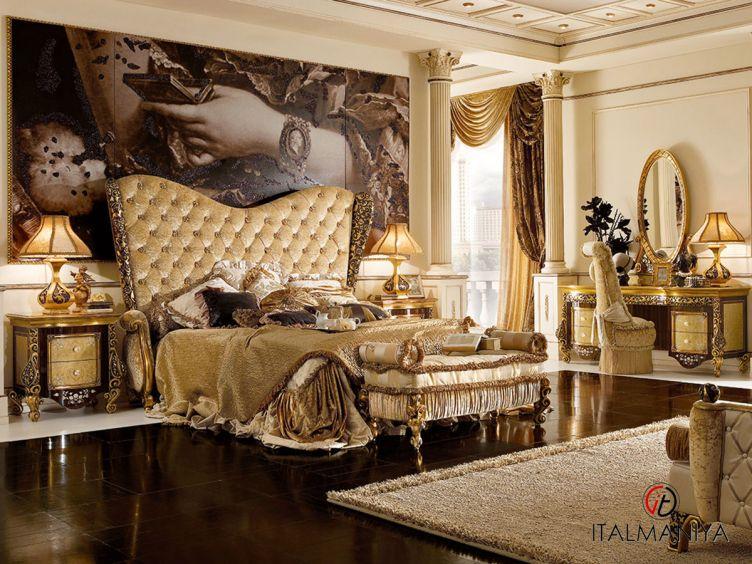 Фото 1 - Спальня Royal Palace фабрики AR Arredamenti (производство Италия) в классическом стиле из массива дерева