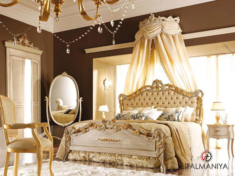 Фото 1 - Спальня 5N фабрики Andrea Fanfani (производство Италия) в классическом стиле из массива дерева
