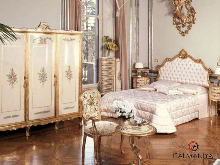 Фото 1 - Спальня 7N фабрики Andrea Fanfani (производство Италия) в классическом стиле из массива дерева