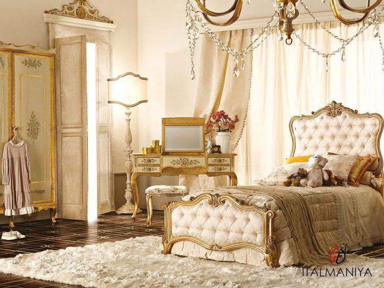 Фото 1 - Спальня New 10N фабрики Andrea Fanfani (производство Италия) в классическом стиле из массива дерева
