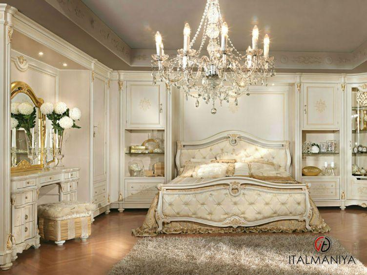 Фото 1 - Спальня Pitti фабрики Antonelli Moravio (производство Италия) в классическом стиле из массива дерева