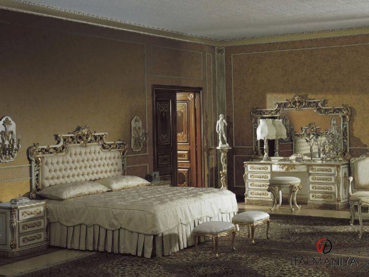 Фото 1 - Спальня Ernestina фабрики Asnaghi Interiors (производство Италия) в стиле барокко из массива дерева