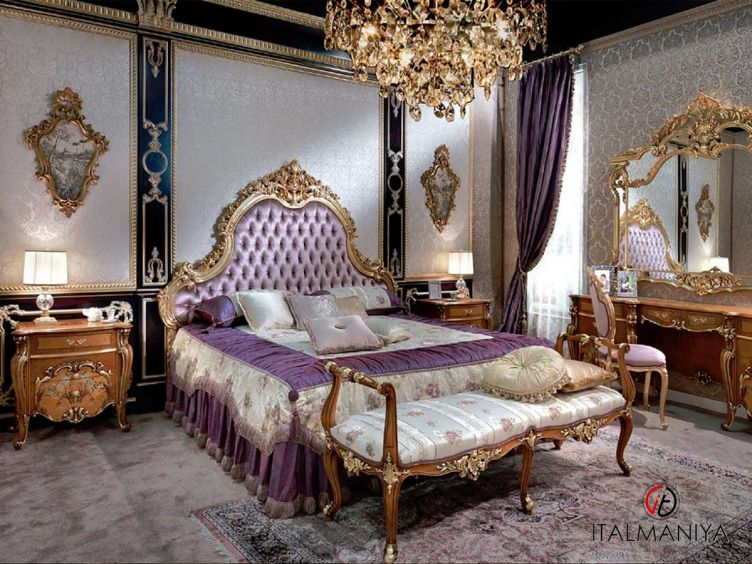 Фото 1 - Спальня Sofia фабрики Carlo Asnaghi (производство Италия) в классическом стиле из массива дерева
