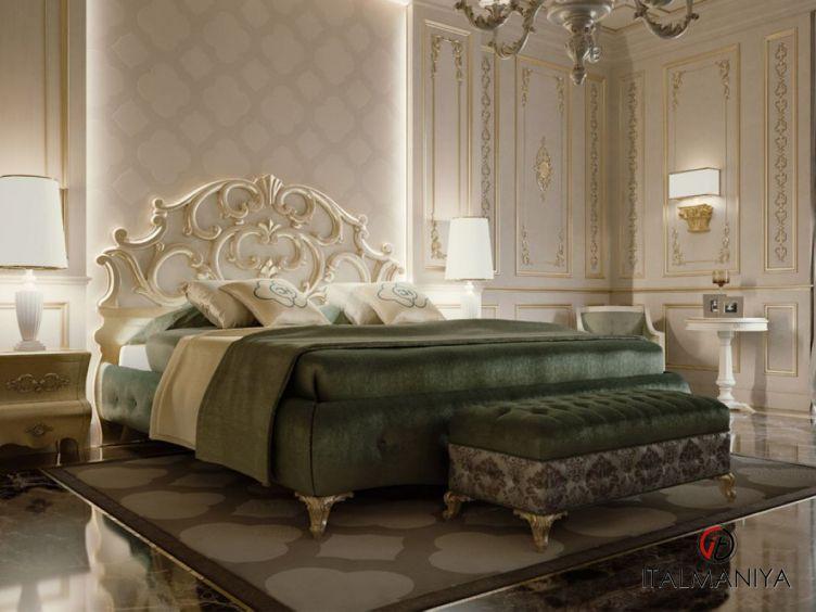 Фото 1 - Спальня Master bedroom фабрики Carpanese (производство Италия) в классическом стиле из массива дерева