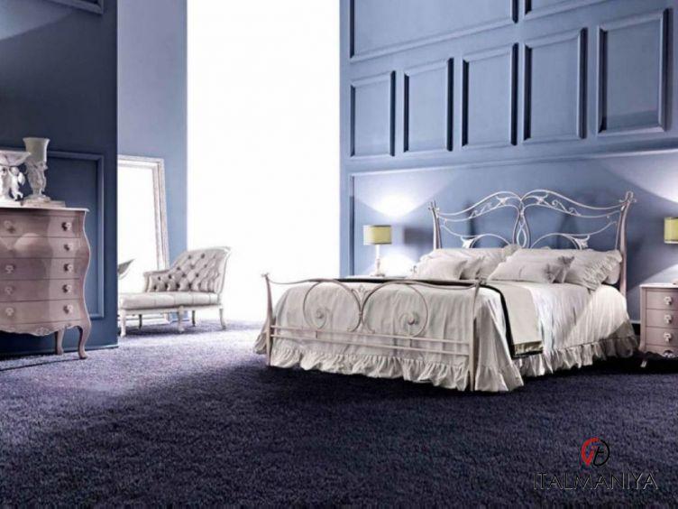 Фото 1 - Спальня Camelot фабрики Corte Zari (производство Италия) в классическом стиле из массива дерева
