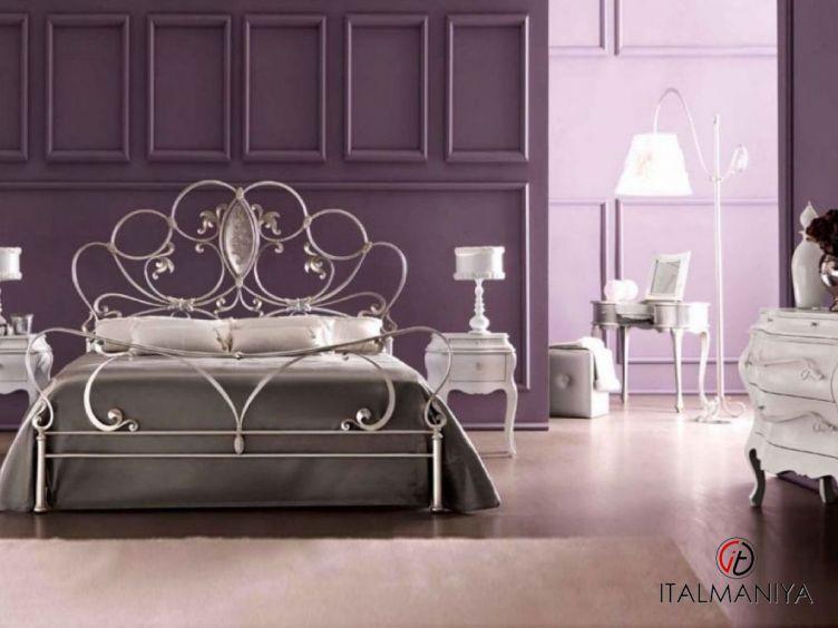 Фото 1 - Спальня Tiffany фабрики Corte Zari (производство Италия) в классическом стиле из массива дерева