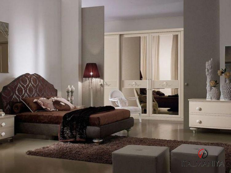 Фото 1 - Спальня Morfeo фабрики Ferretti & Ferretti (производство Италия) в классическом стиле из массива дерева