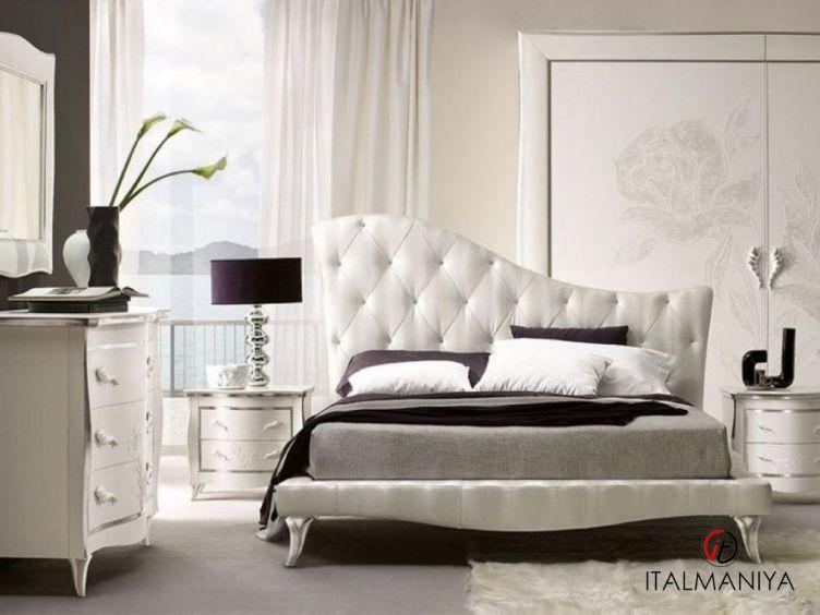 Фото 1 - Спальня Regina Di Fiori фабрики Ferretti & Ferretti (производство Италия) в классическом стиле из массива дерева