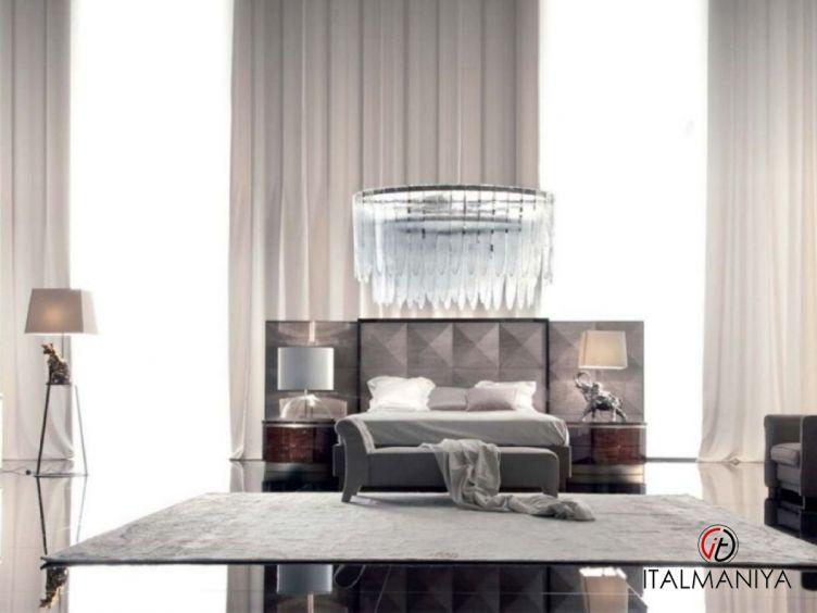 Фото 1 - Спальня Coliseum фабрики Giorgio Collection (производство Италия) в классическом стиле из массива дерева