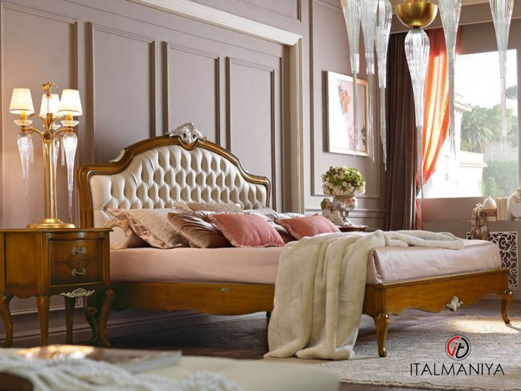 Фото 1 - Спальня Memorie veneziane Il gusto del bello фабрики Giorgiocasa (производство Италия) в классическом стиле из массива дерева