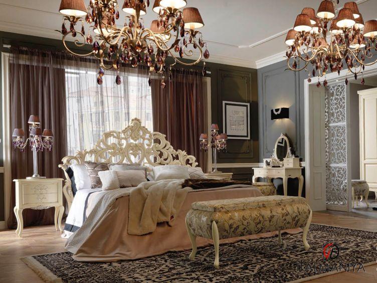 Фото 1 - Спальня Memorie veneziane Silver is the Night фабрики Giorgiocasa (производство Италия) в классическом стиле из массива дерева