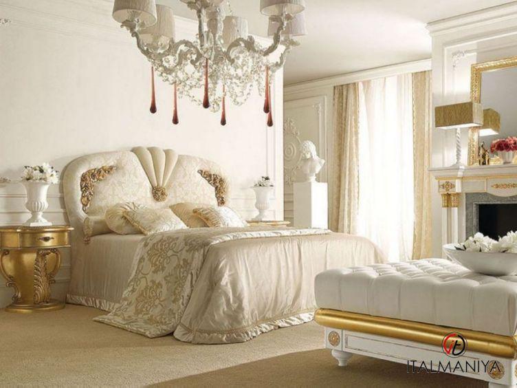 Фото 1 - Спальня Casanova фабрики Grilli (производство Италия) в классическом стиле из массива дерева