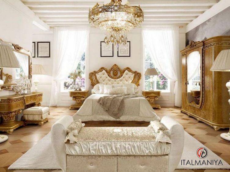 Фото 1 - Спальня Imperiale фабрики Grilli (производство Италия) в классическом стиле из массива дерева