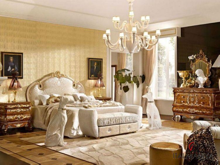 Фото 1 - Спальня Versailles фабрики Grilli (производство Италия) в классическом стиле из массива дерева