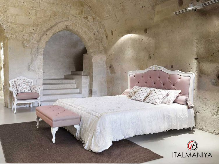 Фото 1 - Спальня Lisa фабрики Keoma (производство Италия) в стиле прованс из массива дерева