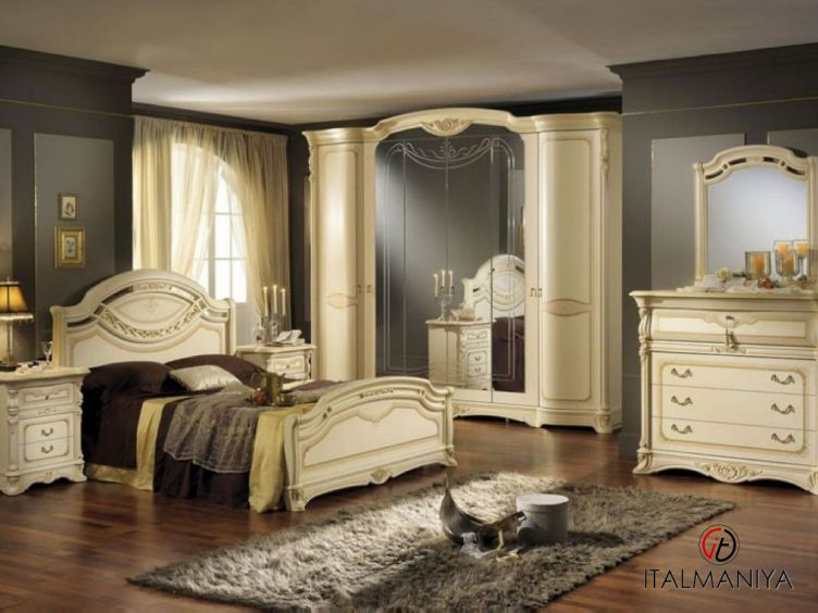 Фото 1 - Спальня Regina Pat фабрики Mobil Piu (производство Италия) в классическом стиле из массива дерева