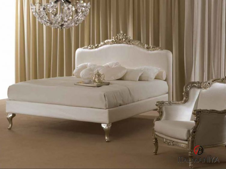 Фото 1 - Спальня Nadir фабрики Piermaria (производство Италия) в классическом стиле из массива дерева