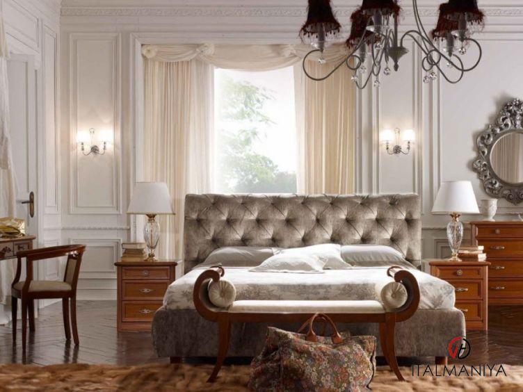 Фото 1 - Спальня Portofino фабрики San Michele (производство Италия) в классическом стиле из массива дерева