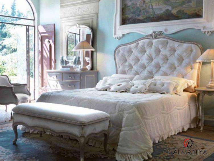 Фото 1 - Спальня Art 3141 фабрики Savio Firmino (производство Италия) в классическом стиле из массива дерева
