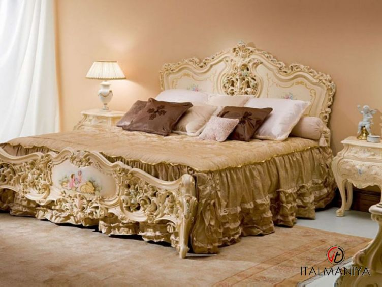 Фото 1 - Спальня Iride фабрики Silik (производство Италия) в классическом стиле из массива дерева