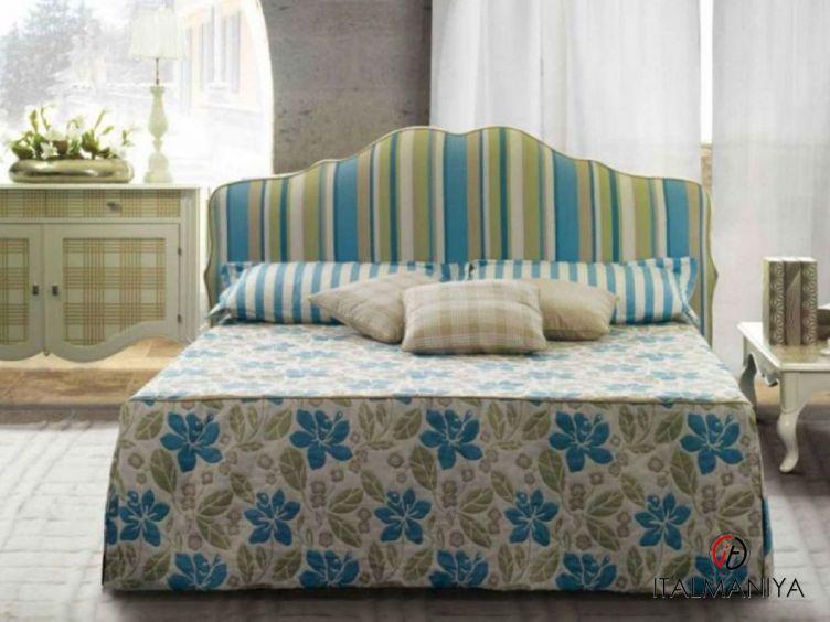 Фото 1 - Спальня Lorena фабрики Treci Salotti (производство Италия) в классическом стиле из массива дерева
