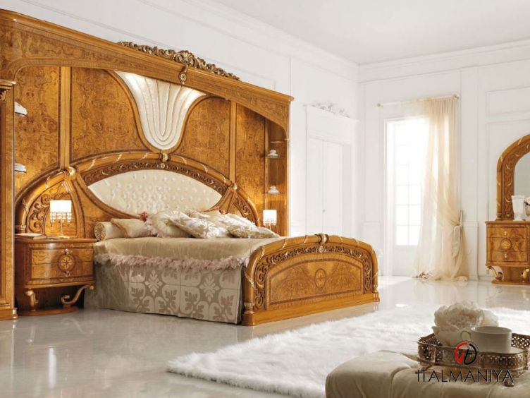 Фото 1 - Спальня Jasmine фабрики Valderamobili (производство Италия) в классическом стиле из массива дерева