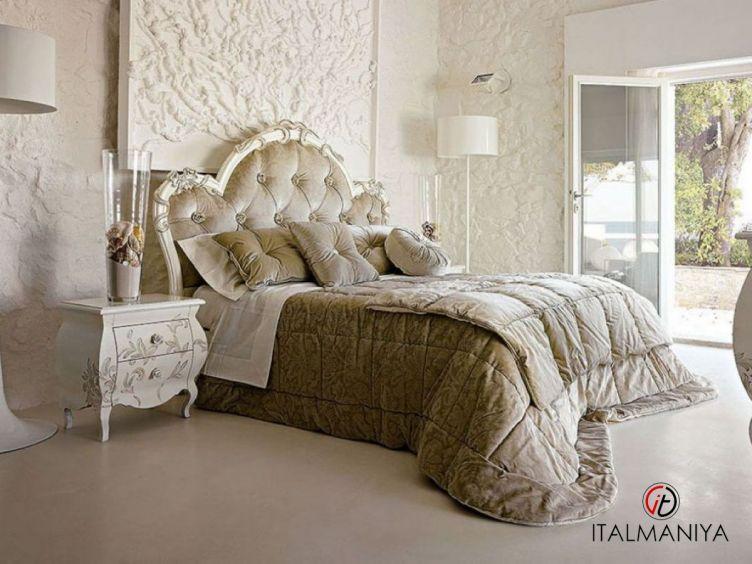 Фото 1 - Спальня Diletta 41 фабрики Volpi (производство Италия) в классическом стиле из массива дерева