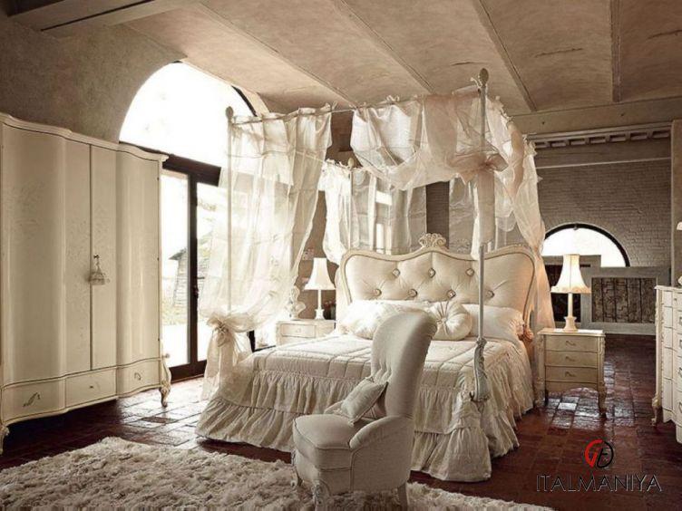 Фото 1 - Спальня Doge 38 фабрики Volpi (производство Италия) в классическом стиле из массива дерева